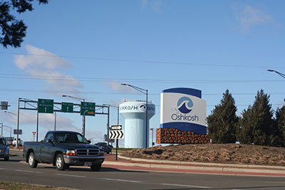 Photo of Welcome to the City of Oshkosh sign